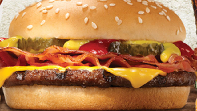 Friday Freebies: 5 deals to celebrate National Cheeseburger Day