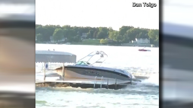 VIDEO: 10 injured by runaway boat