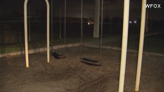Video 10 Year Old Dies In Tragic Accident On Park Swing Set