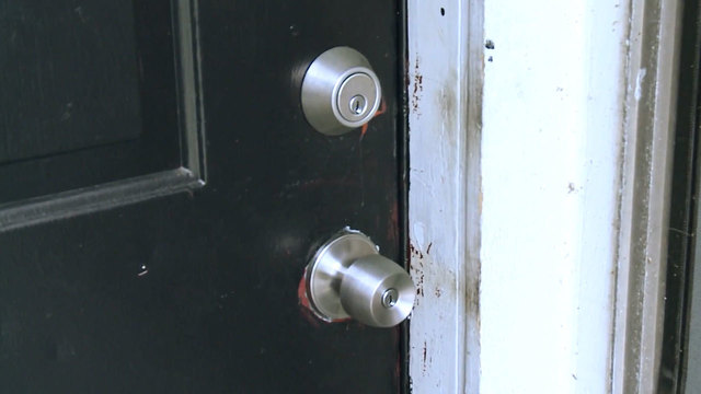 Woman wakes to find strange man staring at her, finds out she has same lock as neighbor