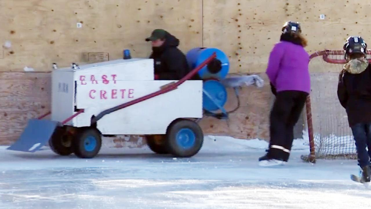 Volunteers Build Zamboni Out of Old Lawn Mower to Clean Community ...