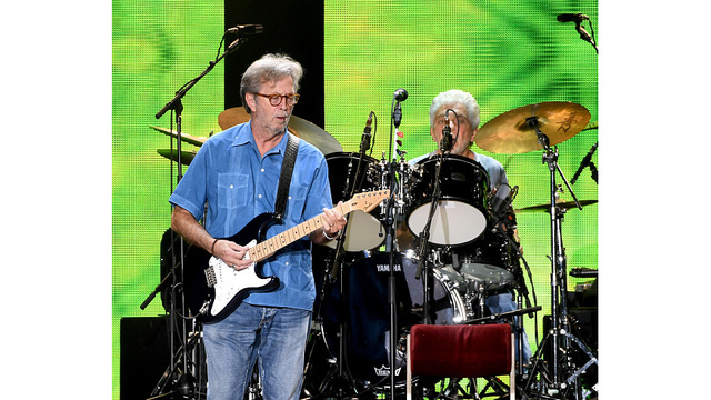 Eric Clapton Performs At The Forum_379509