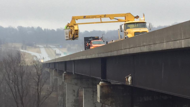 Goats get trapped on Pennsylvania Turnpike bridge