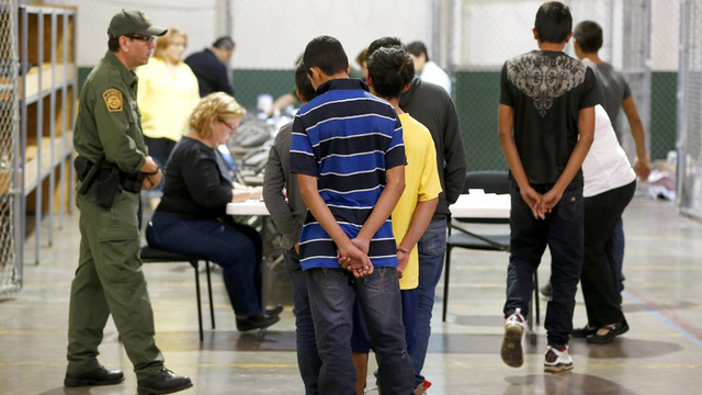 Health and Human Services Department says it lost track of 1,475 migrant children