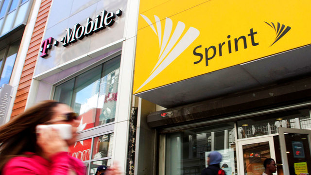 Wireless carriers T-Mobile, Sprint announce merger