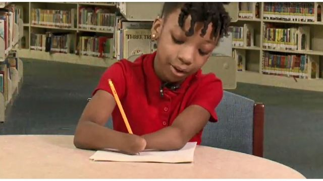 Girl with no hands wins handwriting contest