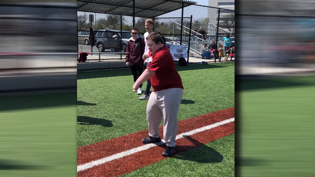 Baseball player with Down syndrome has epic homerun dance