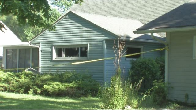 Man dies after attacking family members, setting house on fire