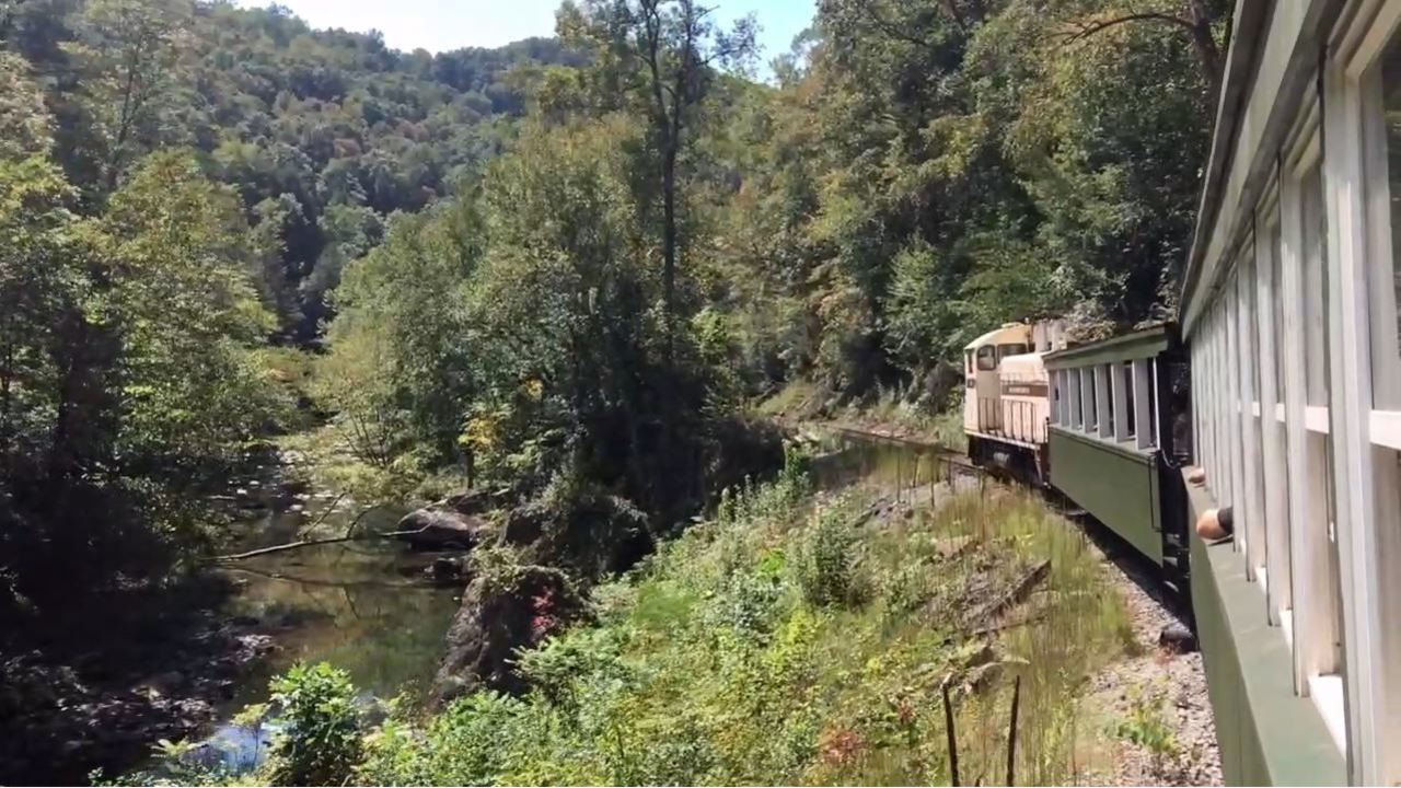 All aboard kentucky's ghost train to creepy, abandoned coal town.