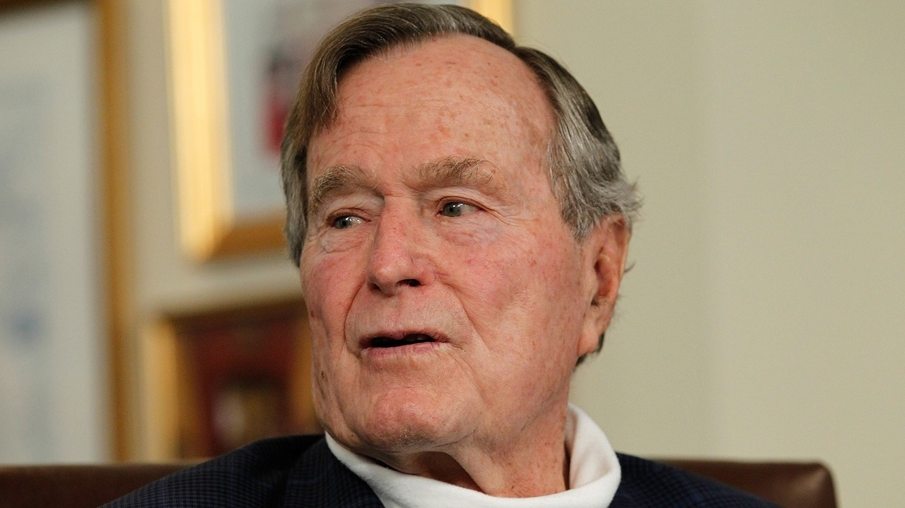 Columbus Gas Prices >> Former President George H.W. Bush dies at age 94