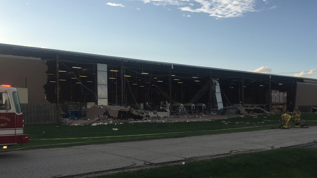 Buildings collapse after high winds near Columbus airport